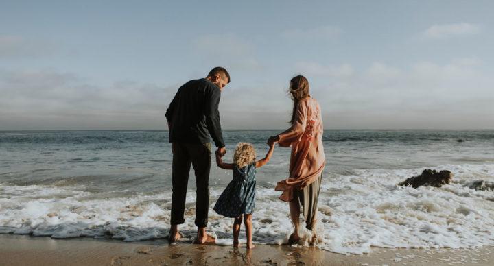 Família saudável em um mundo doente